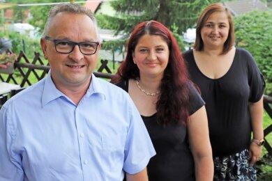 Kati Kluge, Odette Lamkhizni und Udo Klemm (v. r.) bilden den Vorstand des neuen Heimatvereins Halsbach.