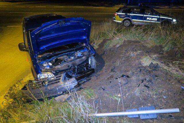 Autofahrer bei Unfall in Aue schwer verletzt