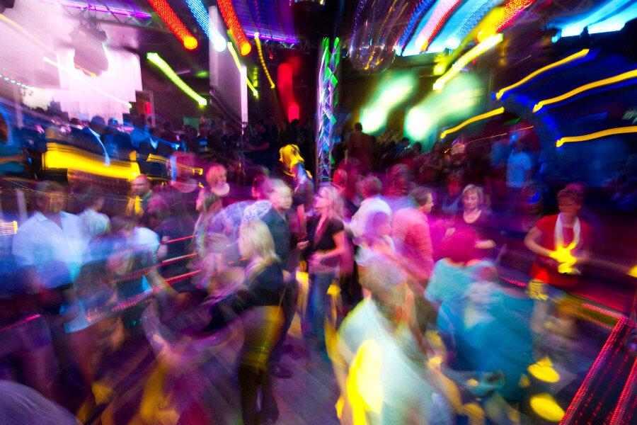 Rathaus plant Verzicht auf Steuern für Tanzabende