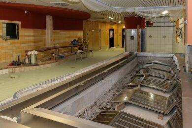 Der Saunabereich im Freizeitbad Greifensteine ist wegen Bauarbeiten noch geschlossen. Das Entspannungsbecken wird erneuert.
