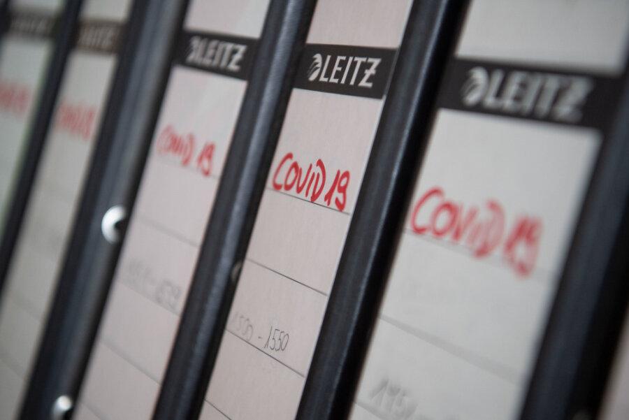 Die Stadtverwaltung Chemnitz wird an Covid-19-Erkrankte keine Genesungsbescheide ohne Antrag verschicken.
