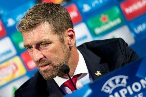 Trainer Massimo Carrera wirft zwei Spieler raus