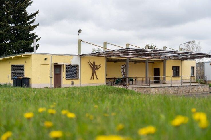 Das Kulturzentrum Treuen dient ab Montag dem Juzet als Quartier - solange, bis die Sanierung des Jugendzentrums abgeschlossen ist.Foto: David Rötzschke