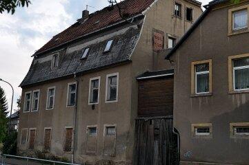 Das Haus Ernst-Thälmann-Straße 41 in Hainichen ist versteigert worden.