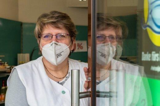 Inhaberin Erika Mickeleit schließt nach 30 Jahren ihren Laden am Peniger Lutherplatz am kommenden Samstag für immer.