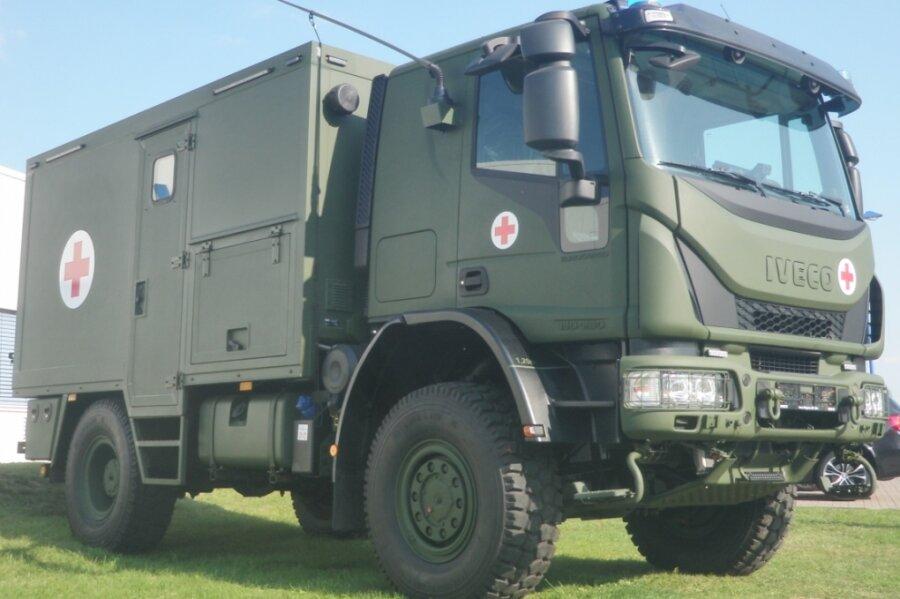 Prototyp des Verwundetentransportfahrzeuges für die Bundeswehr: Fahrwerk und Fahrerhaus kommen von der Iveco Magirus AG, den Kofferaufbau liefert Binz. Gefertigt werden soll er in Plauen.