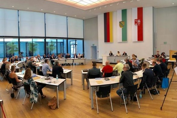 Der Zwickauer Stadtrat bei seiner konstituierenden Sitzung.