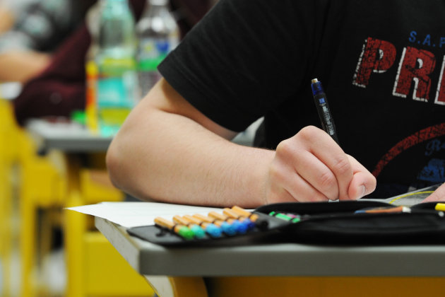 Lehrer warnen vor zu leichten Abi-Prüfungen