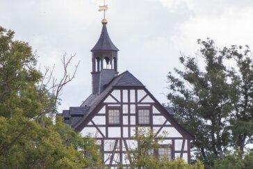 Jößnitz ist nicht irgendein Vorort Plauens, sondern durch seine Lage, attraktive Villen und viel Grün ein Juwel. Der Verkauf des Schlosses durch die Stadt an einen örtlichen Bauunternehmer sorgt jetzt aber für Streit: Ist der Preis von 140.000 Euro angemessen gewesen?