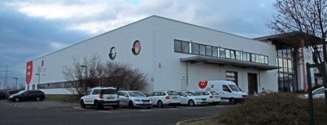 Der Sitz der Firma ist seit 1996 im Gewerbegebiet Schwarze Kiefern.