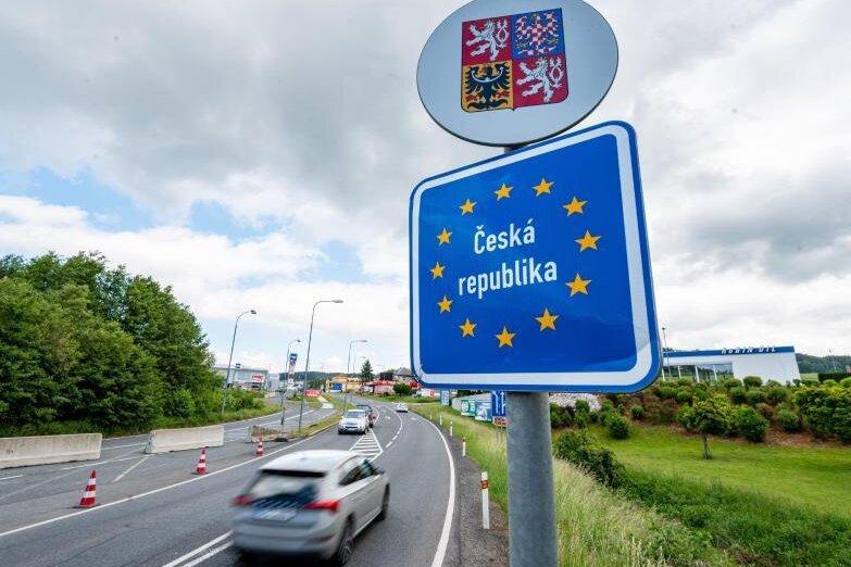 Spürbar mehr Corona-Fälle: Tschechien plant 30 Tage Notstand