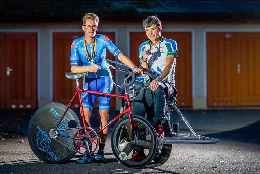 Robert Retschke (l.) und Schrittmacher Holger Ehnert aus Chemnitz gehören seit neun Jahren zur deutschen Spitze im Steherrennen. Viermal starteten sie bereits bei einer EM.