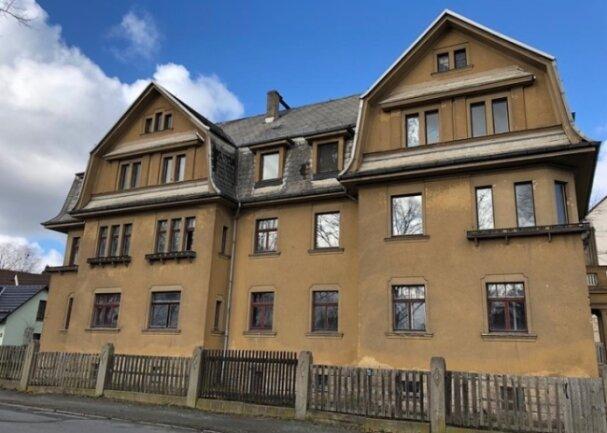 So kennen auch viele Plauener das Gebäude Ecke Plauensche und Friedrich-Schiller-Straße. Seit Mitte der 1990er-Jahre stand es leer.