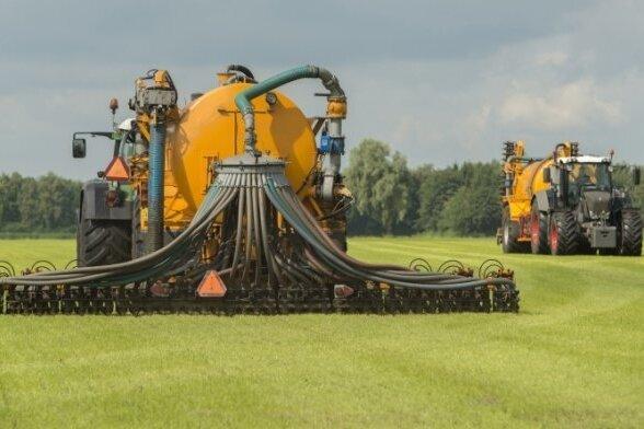 Mehr als 30 Landwirte in Sachsen wollen gegen Düngeverordnung klagen
