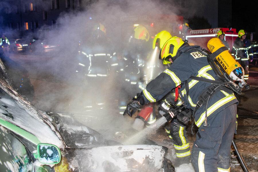 Rochlitz: Audi geht in Flammen auf