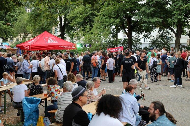 So laufen Spontankonzert und Gegenveranstaltung in Zwickau