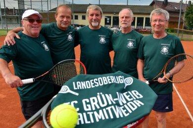 Günther Kirsten, Gerd Grünert, Andreas Haack, Frank Neugebauer und Thomas Nagel (v. l.) freuen sich auf die Landesoberliga.