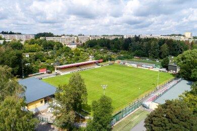Wann im Auerbacher VfB-Stadion wieder der Ball rollt, kann derzeit keiner sagen. Auch das Training ist dort vorläufig ausgesetzt.