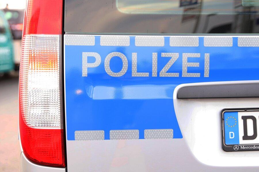 In Döbeln geraubter Mercedes bei Colditz verunglückt