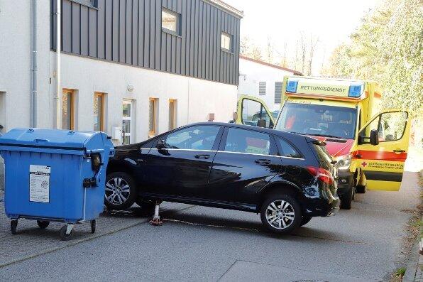 Ehefrau beim Ausparken erfasst und tödlich verletzt