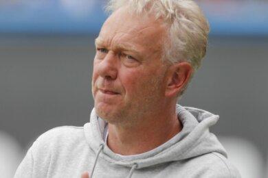 Inzwischen ist der gebürtige Stollberger Co-Trainer beim SV Meppen, der in der Dritten Liga an letzter Stelle rangiert.