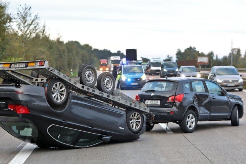 Unfall sorgt für Stau auf der Autobahn 4