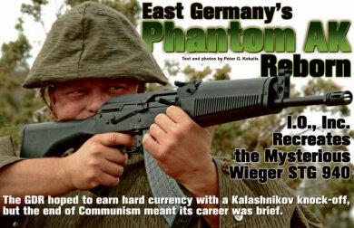 """Das renommierte amerikanische Waffenmagazin """"Guns & Ammo"""" berichtete über die """"mysteriöse Wieger"""", die ihre Wiedergeburt in den USA hatte. Die Waffe gilt dort als die """"ostdeutsche Phantom-Kalaschnikow""""."""