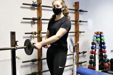 Emma Kaposvari vom KSV Flöha durfte während des Lockdowns im Bootshaus an der Zschopau trainieren, weil sie Kadersportlerin ist.