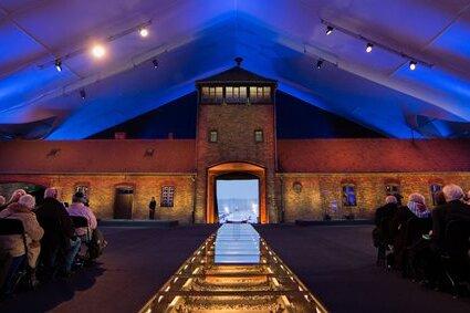 Gauck: Es gibt keine deutsche Identität ohne Auschwitz