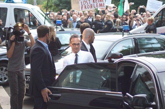 Auch die Abreise von Bundesjustizminister Maas war von Protesten begleitet.