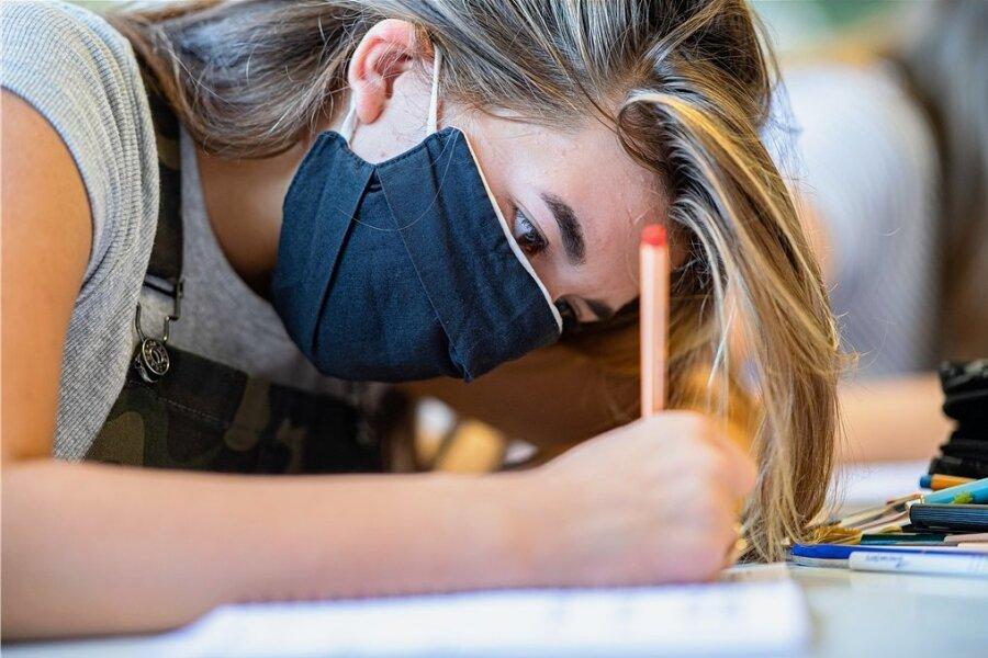 Corona-Lage im Vogtland: Warum eine Stadt keine Luftfilter für die Schulen anschafft