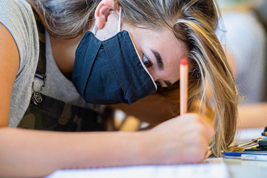Chemnitzer Chef-Infektiologe: Öffnung der Schulen und Kitas von Unterstützung der Eltern abhängig
