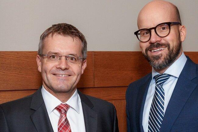 Michael Erfurt, Geschäftsleiter für Firmenkunden (r.) und Frank Binz, Geschäftsleiter für Privatkunden.