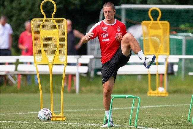 Adam Sušac hat seinen Medizincheck bestanden. Der 32-jährige Kroate soll in der kommenden Saison die Abwehr des FSV Zwickau stärken.