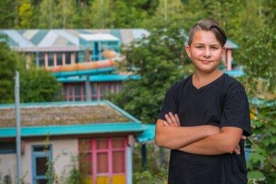 Felix Baumann (13) wünscht sich eine Bühne beim Spielplatz für Kulturveranstaltungen und eine Wiedereröffnung des Erzgebirgsbades.