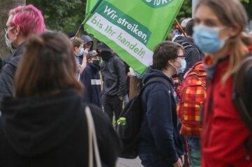 Teilnehmer der Demo für mehr Klimaschutz.