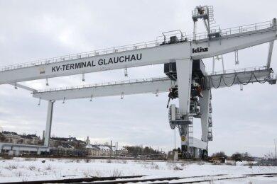 Auf dem Container-Umschlagplatz in Glauchau herrscht derzeit gähnende Leere.
