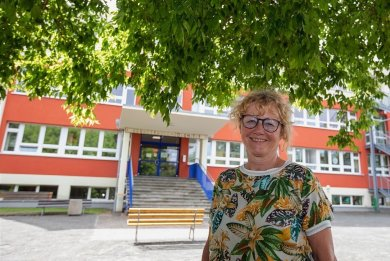 Andrea Ott leitete seit dem Schuljahr 2007/2008 die Jößnitzer Grundschule. Vorher war sie in Neundorf, Mühltroff, Reuth und im Erzgebirge.