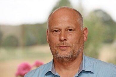 Die Akten mit den Unterlagen aus dem Strafverfahren gegen den Langenbernsdorfer Vize-Bürgermeister Tobias Bär gehen vom Amtsgericht an das Landgericht.