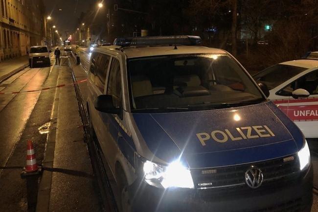 Unfallaufnahme nach dem tödlichen Radunfall am 28. Dezember auf der Leipziger Straße in Zwickau.