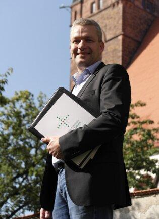 Sven Petry ist seit 1. September Superintendent des Kirchenbezirks Leisnig-Oschatz, zu dem Kirchgemeinden in der Rochlitzer, Döbelner und Mittweidaer Region gehören.