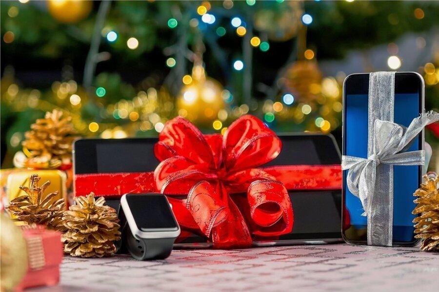 Wie schwierig wird in diesem Jahr der Weihnachtseinkauf? Hier und da drohen Lieferprobleme, ergab eine Umfrage.