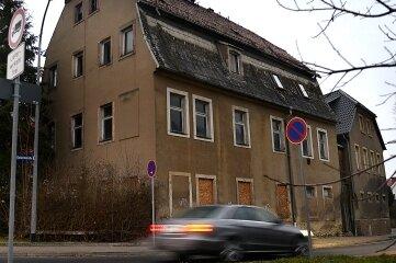 Das Haus Ernst-Thälmann-Straße 41 an der Ecke zur Gellertstraße.