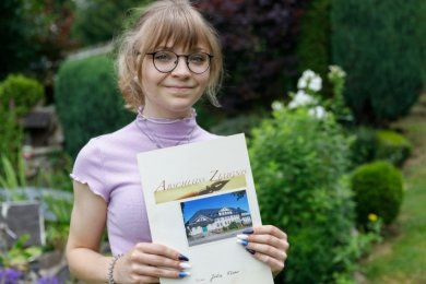 Jolie Flohr aus Arnsfeld besuchte ebenfalls die Oberschule in Jöhstadt. Sie kam auf einen Durchschnitt von 1,13 und verdiente sich damit auch einen Platz unter den 195 besten Oberschülern Sachsens.