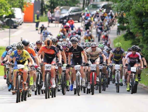 Das Erzgebirgsradrennen - hier ein Schnappschuss vom bisher letzten im Jahr 2018 - wird wiederbelebt. Es ist Teil einer mehrtägigen Mountainbiketour in der Region.