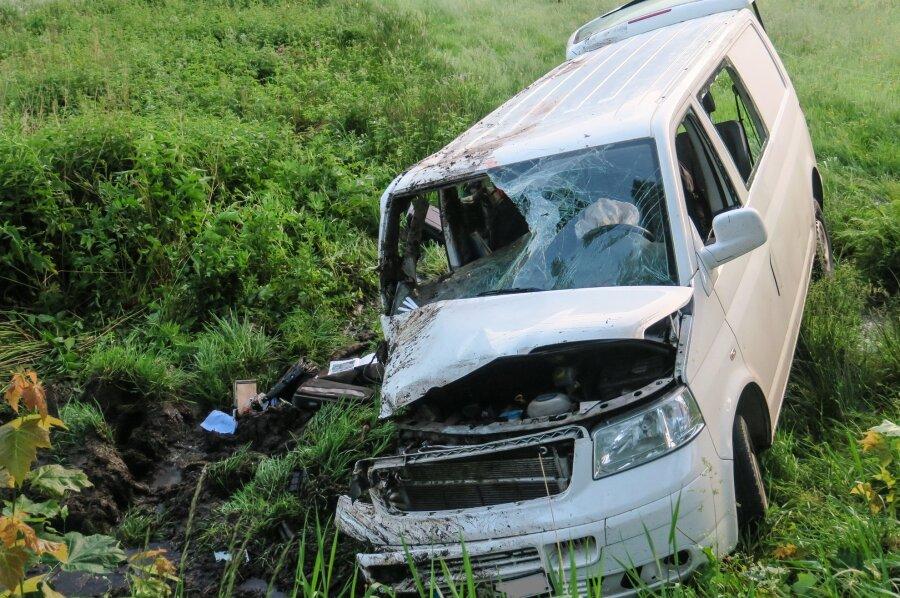 Eibenstock: Verunglückter Kleintransporter ohne Fahrer gefunden