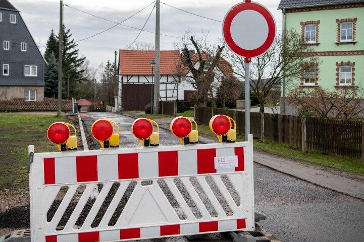 In Seelitz wird bis zum Frühjahr nächsten Jahres die Ortsdurchfahrt auf Vordermann gebracht. Zurzeit herrscht auf der Baustelle Weihnachtsruhe.