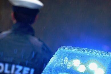 Die Polizei rät, sich bei einer Begegnung mit der Frau in Sicherheit zu bringen. Foto: K.--J. Hildenbrand/dpa/Archiv