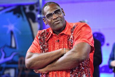 """Alphonso Williams, Sieger der RTL-Castingshow «Deutschland sucht den Superstar» von 2017, steht bei der Sat.1 Show """"Promi Big Brother 2018"""" im Studio. Der 57-Jährige erlag am 12.10.2019 einer Krebserkrankung."""