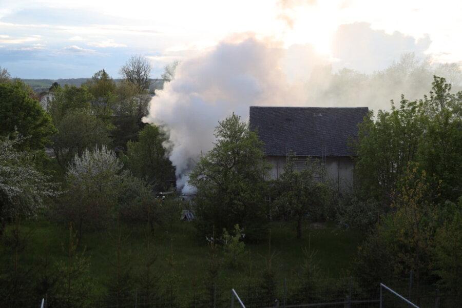 Feuer in einem Schuppen in Frankenberg